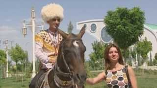 Achal Tekkiner Pferde in Turkmenistan