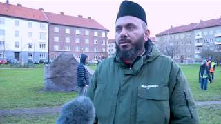 Ahmadi Muslims Clean Swedish Streets to Mark New Years Day 2019