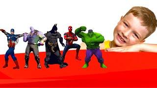 Андрей играет в супергероев Superheroes Dance with Andi