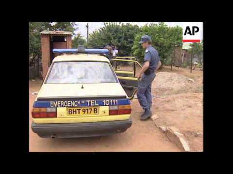 SOUTH AFRICA: SOWETO: POLICE INVOLVED IN ALLEGED RACIST SHOOT OUT