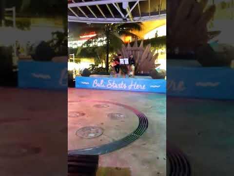 Bali program live band !! Beachwalk shopping mall Bali