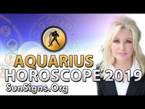 Aquarius Love Horoscope