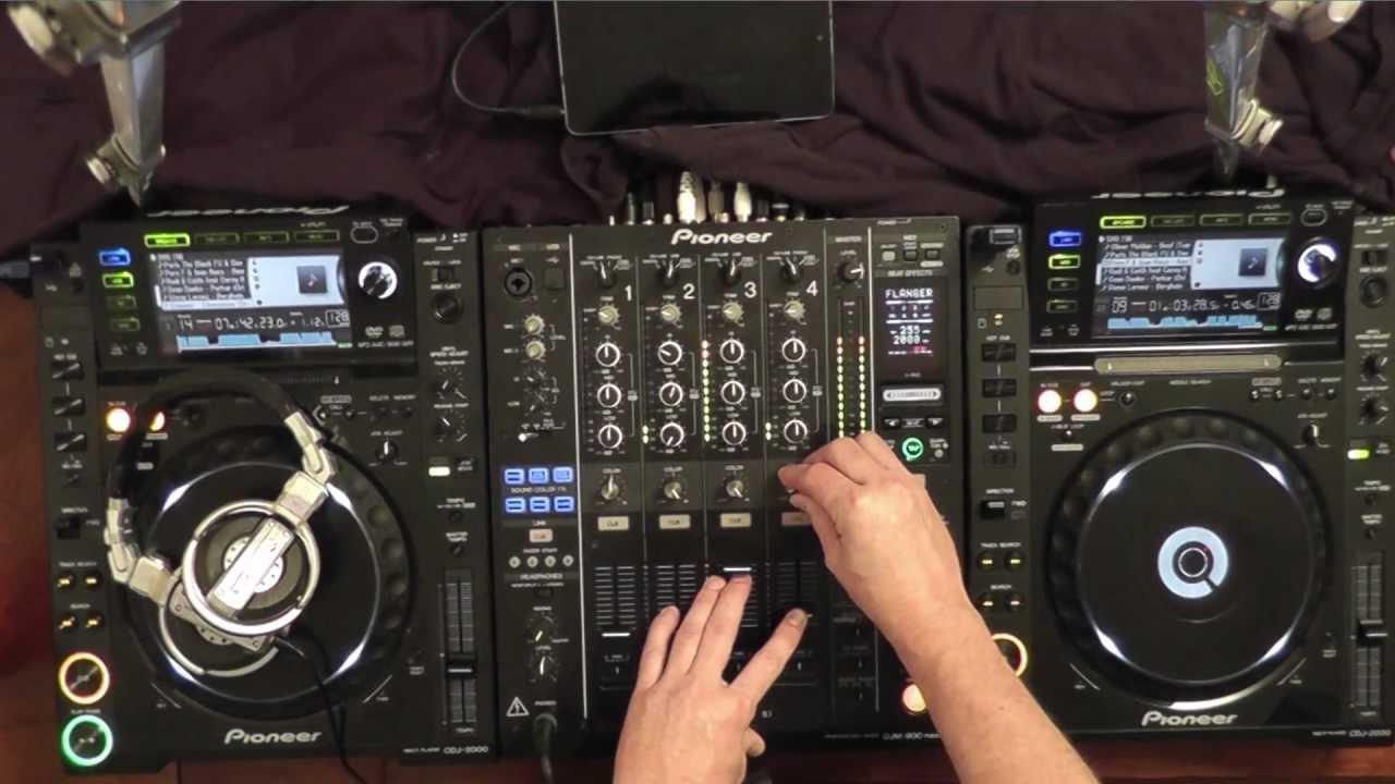 example tech house dj set using pioneer cdj 2000 39 s djm 900 mixer audience perspective youtube