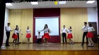 Русские девушки танцуют лезгинку(, 2014-12-24T20:37:04.000Z)