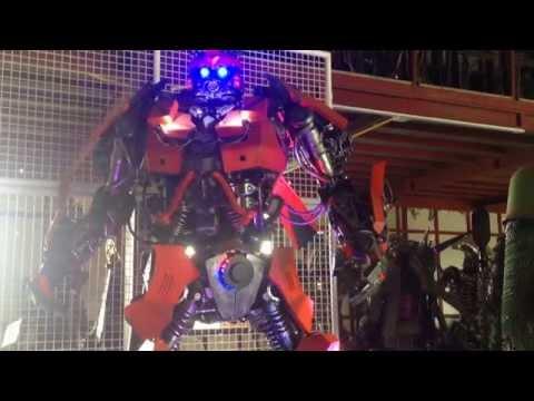 ดูทรานฟอร์เมอร์เมืองไทย (transformers) บ้านหุ่นเหล็ก จ.อ่างทอง (house steel robots)