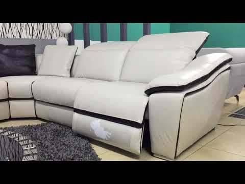 Madrid electronic reclining sofa by NUVO Italia