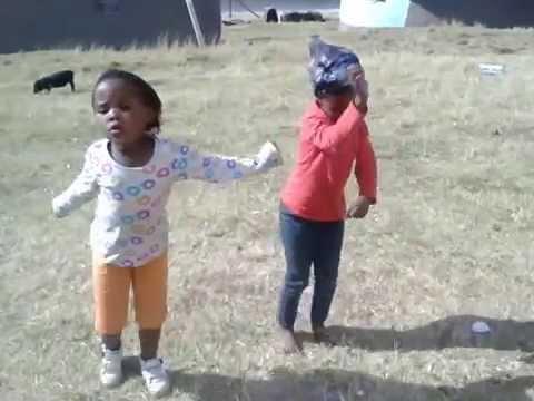 Bavumeleni abantwana beze kum!!!