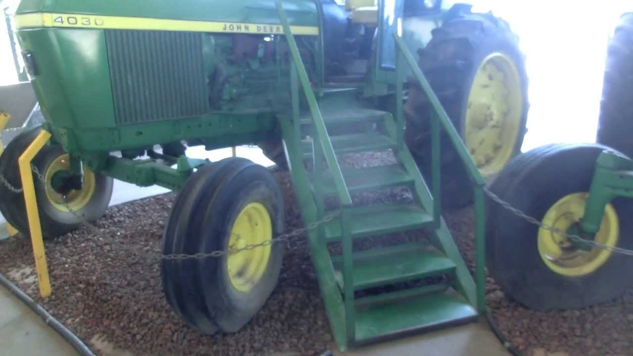 Air conditioned John Deere 4030 From Kibbutz Negba - YouTube