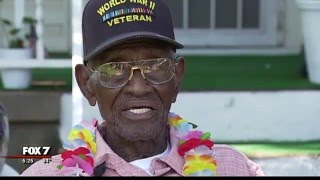 Austin's Richard Overton, nation's oldest veteran, celebrates 110th birthday