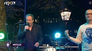 Thé Lau en Lange Frans - Zing Voor Me - RTL LATE NIGHT