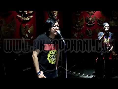 Download Mp3 Restoe Boemi  Separuh Nafas Medley   Dewa19 Feat Ari Lasso terbaik