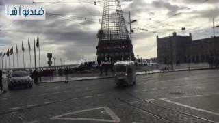 بالفيديو : التوك توك.. مشهد مألوف في المناطق السياحية في البرتغال