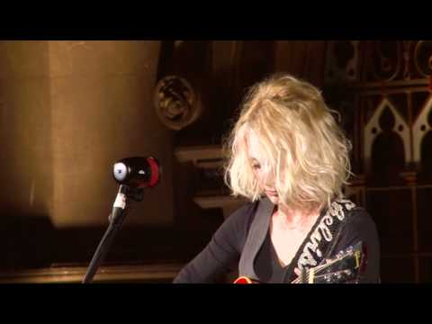 "Shelby Lynne  //  ""I'll Hold Your Head""  -excerpt from the Live In London DVD"