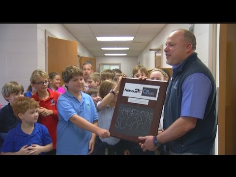 University School of the Lowcountry receives News 2 Cool School award
