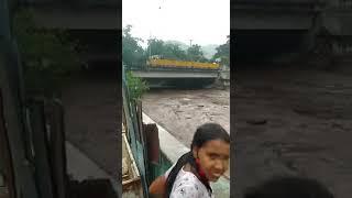 Río el Limón desbordado hoy