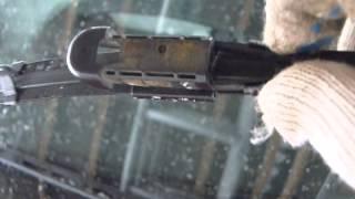 Замена щеток стеклоочистителей (дворников) Citroen C4.