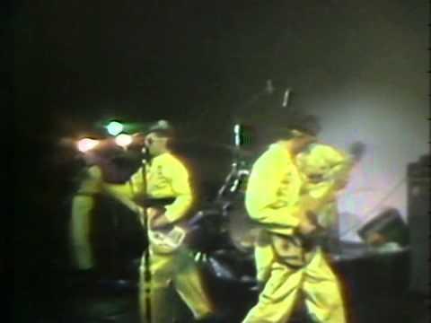 Devo - Wiggly World (Live 1978)