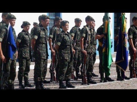 Hino do 6°GAC - Formatura de 19/04/2013 - Dia do Exército e entrega da Boina Verde-Oliva ao EV