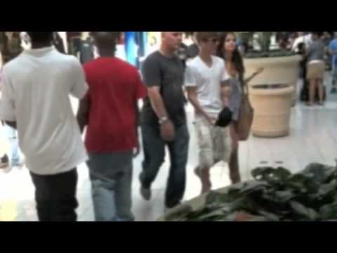 (LEAKED) Justin Bieber - Selena Gomez - Pics