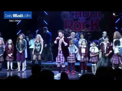 Young 'School of Rock' actor wows fans with Hendrix tribute   Daily Mail Online