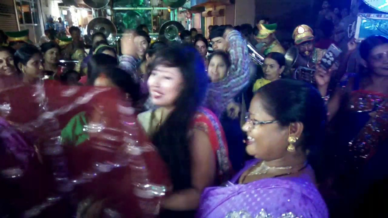 Awesome sexy dance by beautiful bihari girl in marriage ceremony