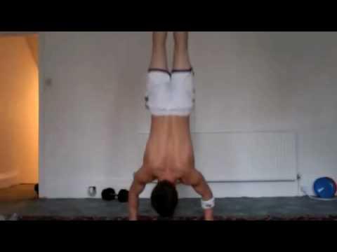 Tom Steele handstand press ups set