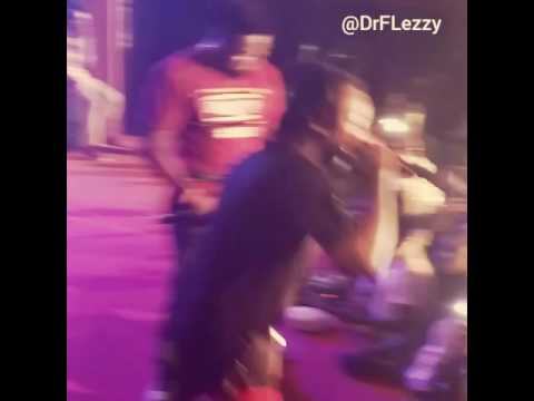 Dr.Flezzy Live on Stage with Yung6ix