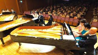 ピアノ3台を12人で演奏