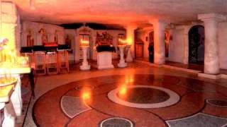Внутри пещерного монастыря в Бахчисарае. Часть 2.