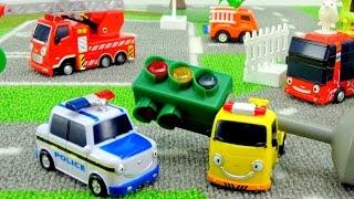 Приключения ТАЙО! Происшествие на дороге. Мультфильм из игрушек