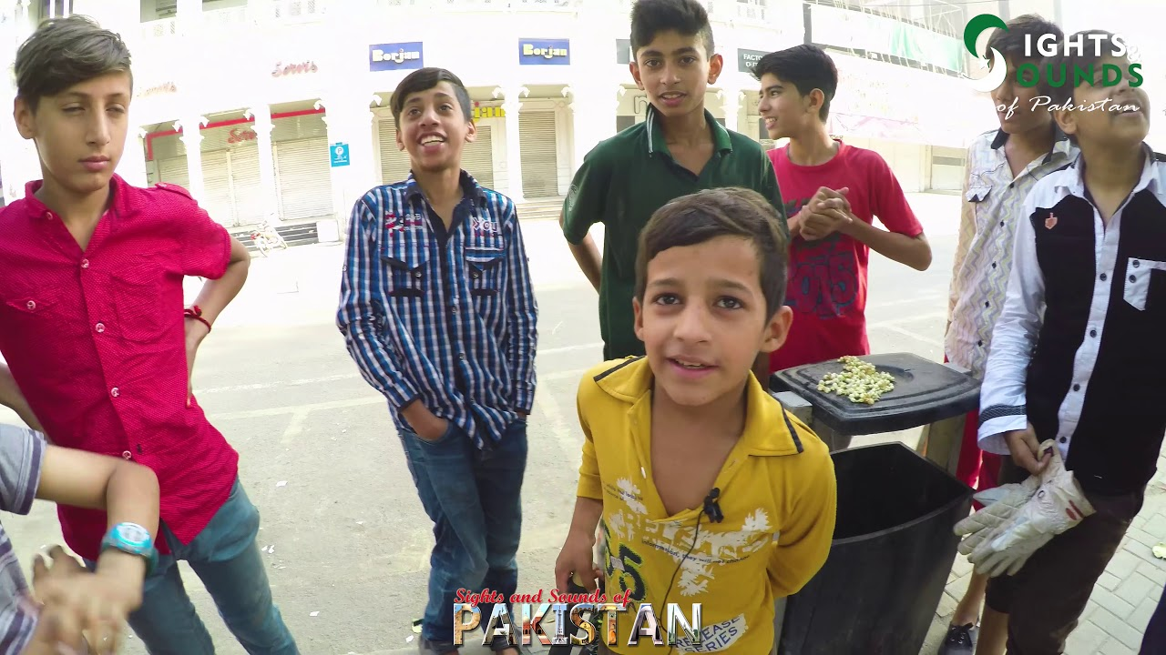 Pakistani Children Playing Cricket on Street in Lahore, Pakistan - 4K Ultra HD