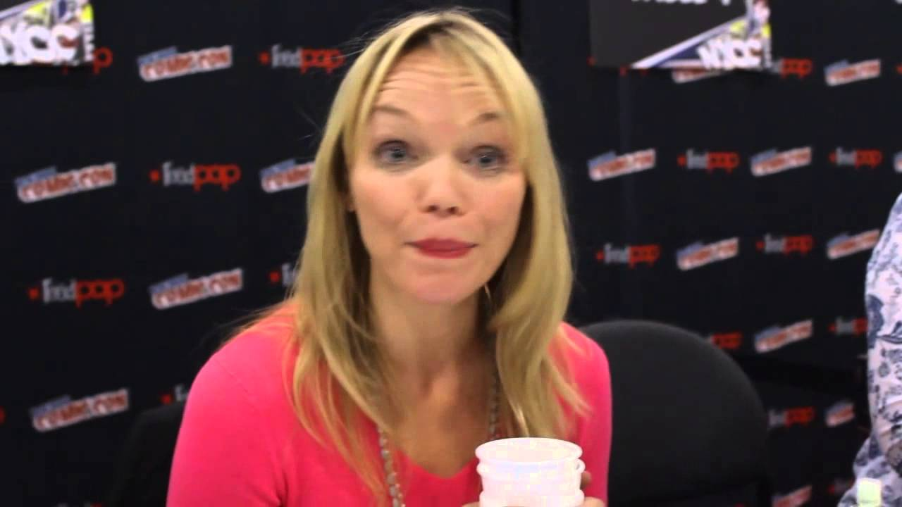 Communication on this topic: Melissa Joan Hart, molly-chance/