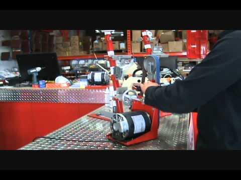 Affûtage de Couteaux avec la Ponceuse-Rectifieuse Viel S5-M et l'accessoire S9