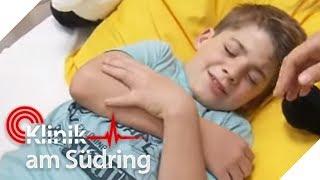 Kein Medikament kann Janis (9) helfen! Hat er eine seltene Krankheit? | Klinik am Südring | SAT.1 TV