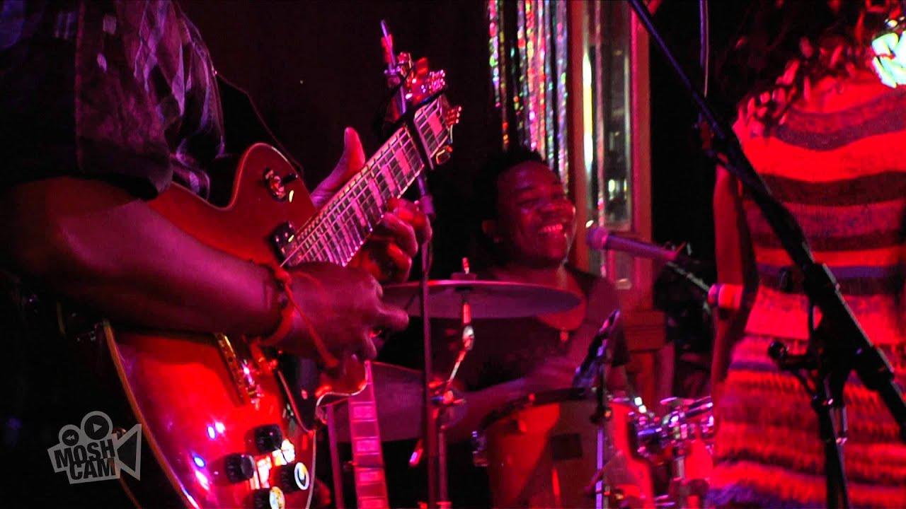 Fatoumata Diawara | Alama (Live at Sydney Festival) | Moshcam