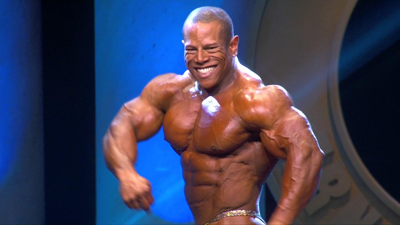 Arnold 212 David Henry Posing Routine - YouTube