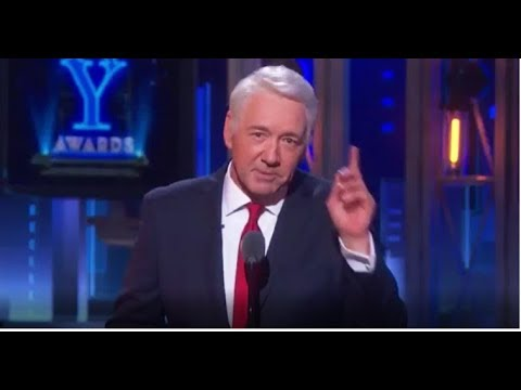 KEVIN SPACEY SLAMS HILLARY AT TONY AWARDS!