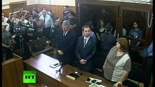 Участницы Pussy Riot приговорены к 2 годам колонии(В здании Хамовнического суда закончилось слушание дела о