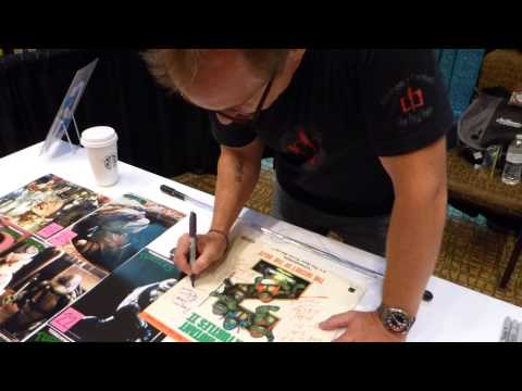 Leif Tilden signing autographs, TMNT movies, Donatello
