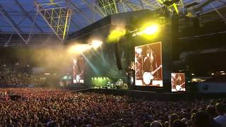 La Dee Da Foo Fighters With Alison Mosshart London Stadium 23 6 18