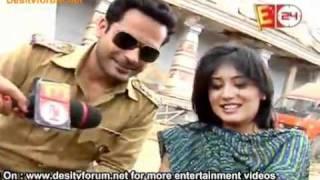 Kitani Mohabbat Hai Season 2 - 10th May 2011 (Goli Ka Nishana Bani Arohi)
