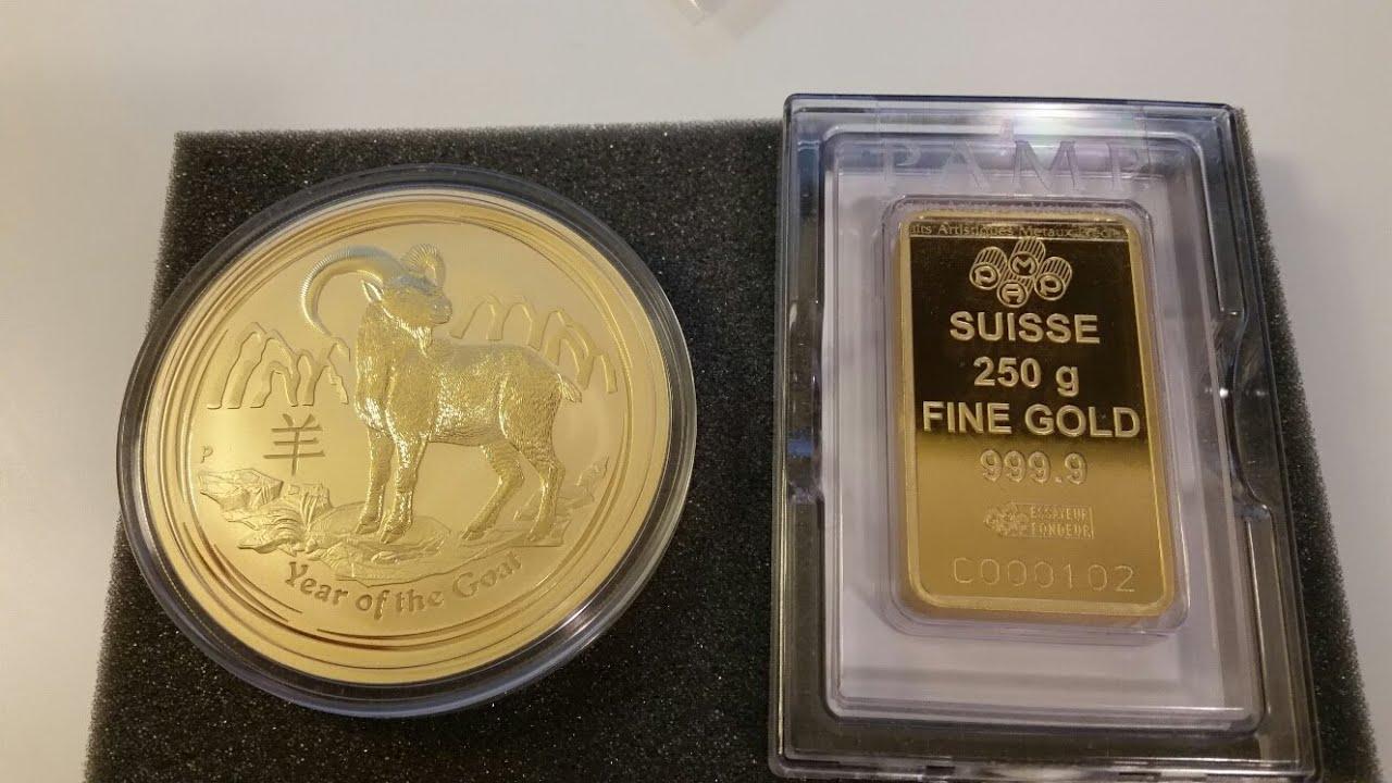 2015 10 oz Gold Lunar Year of the Goat / 250g PAMP Gold bar
