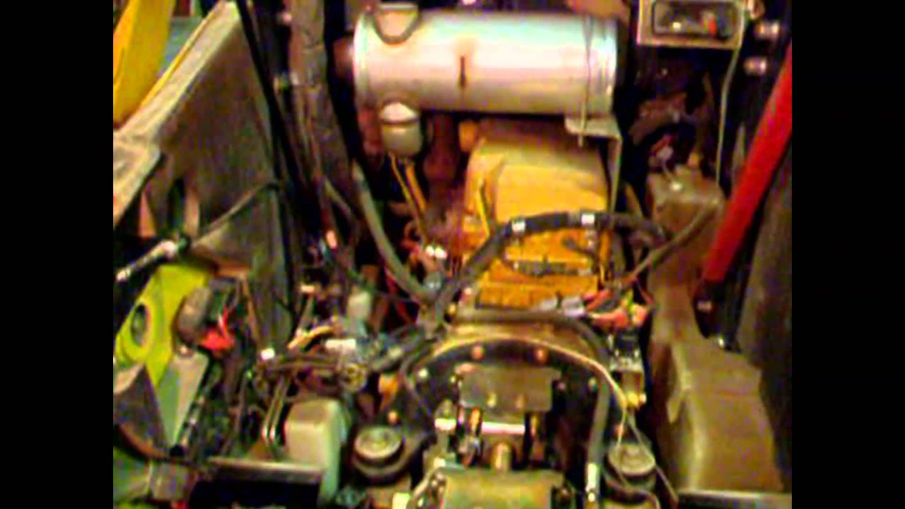 Deere 320 Oil Leak