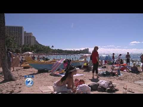 Hawaii tourism sees big boost from mainland visitors