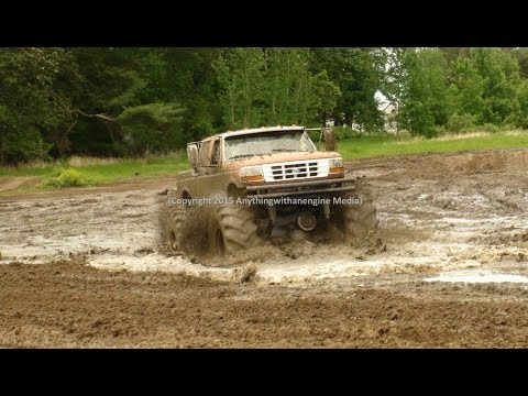 PART ONE MUD TRUCKS PLAY IN THE MUD AT SILVER BULLET SPEEDWAY MUD BOG MAY 31ST, 2015 OWENDALE, MICHI