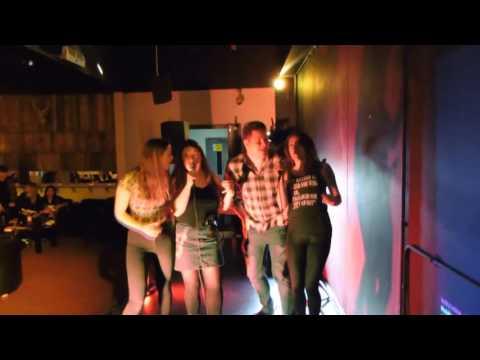 Nevaeh Windsor Hosts Karaoke