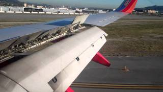 Southwest Airlines Boeing 737-700 Landing into Burbank Airport