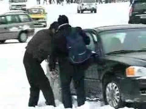 Snow in Baku (News 06.01.2008)