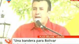 Pueblo venezolano confecciona Bandera Nacional que cubrirá sarcófago de Bolívar