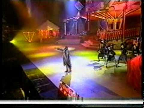 Mark Morrison performing Return of the Mack at the Smash Hits Awards